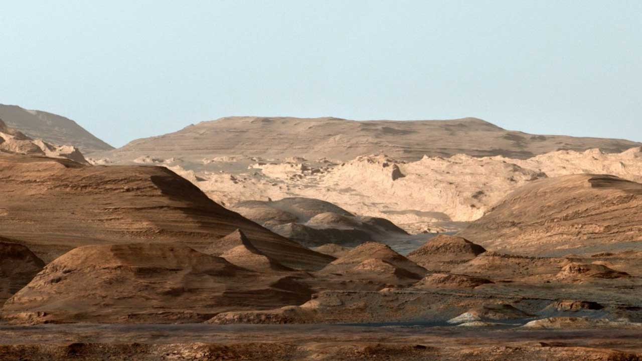 Geology at the Martian equator suggests a massive flood in the distant past