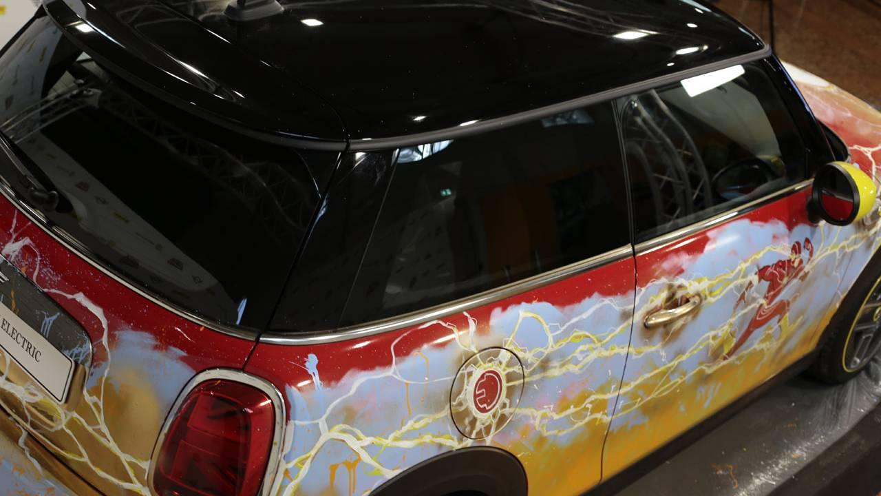 MINI celebrates 80 years of The Flash with a custom EV