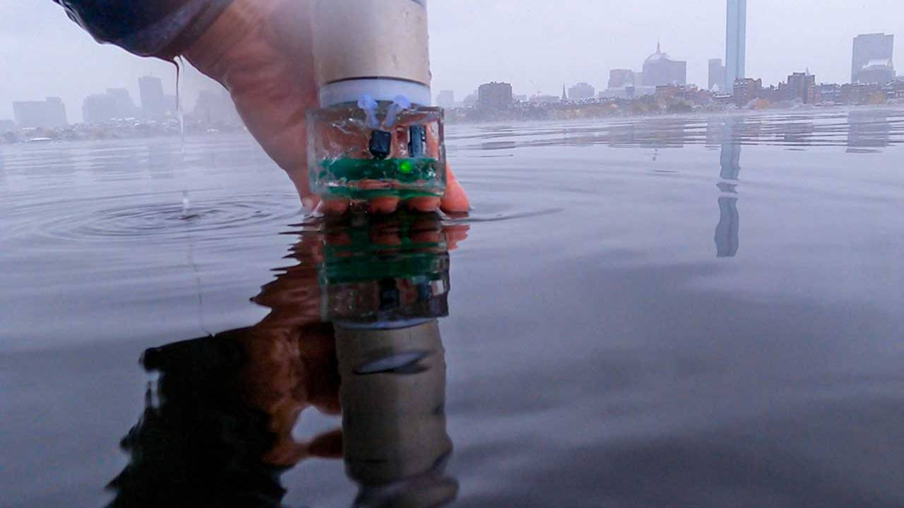 MIT Underwater Backscatter Localization is like GPS for the ocean
