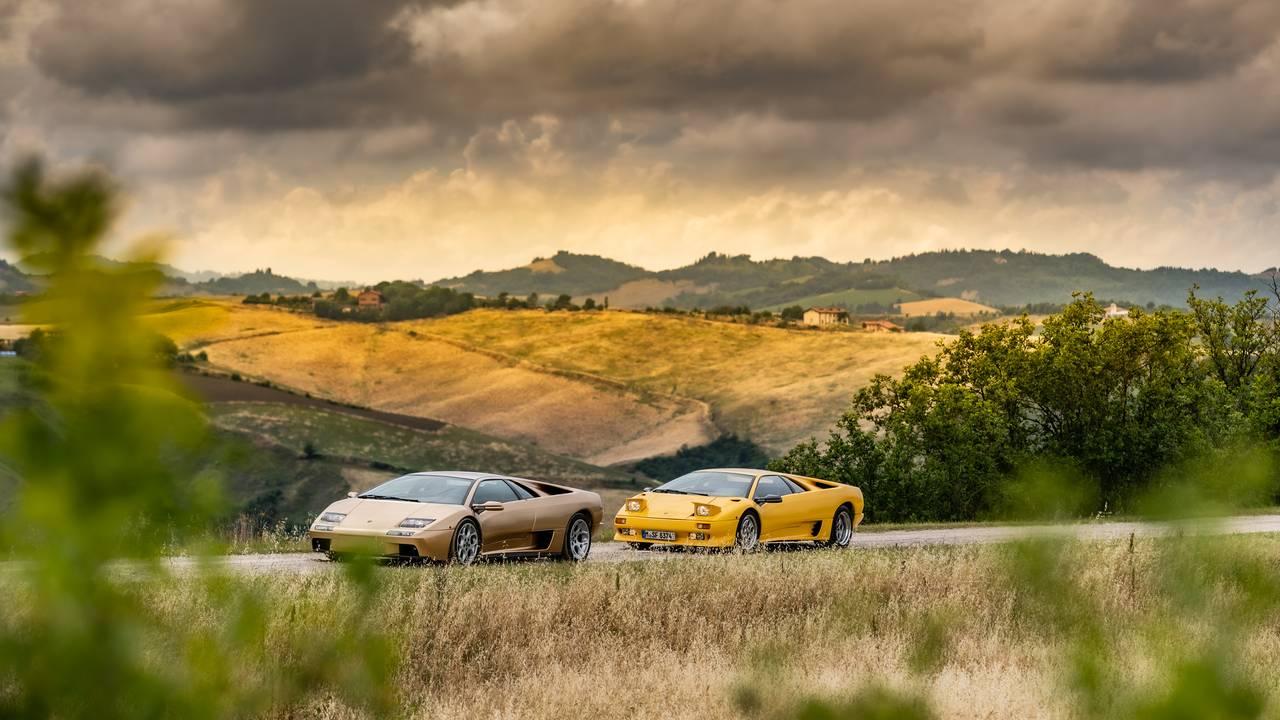 Lamborghini commemorates the 30th birthday of Diablo supercar