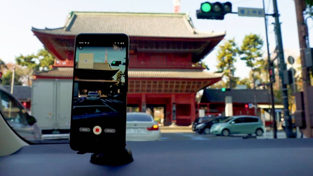 Google will let anyone with an Android phone be a Street View photographer
