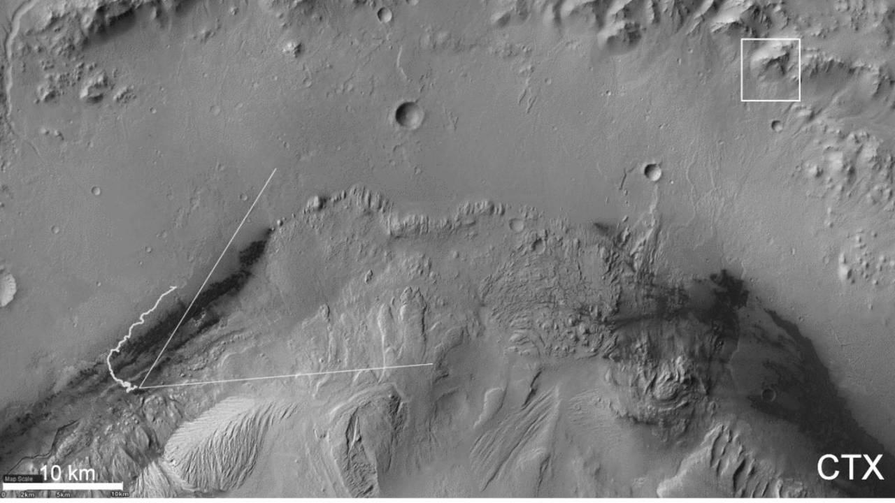 NASA's Curiosity sets new mosaic imaging record with 'spyglass' camera