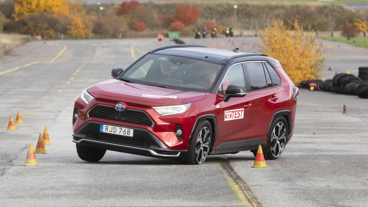 "Toyota pledges fix after RAV4 Prime screws up infamous ""Moose Test"""