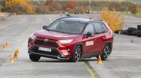 "Toyota pledges fix after RAV4 Prime screws up infamous ""Moose Test"""