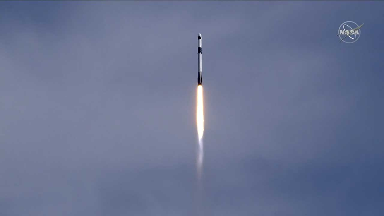 SpaceX successfully launched a new airlock and more to the ISS on Sunday
