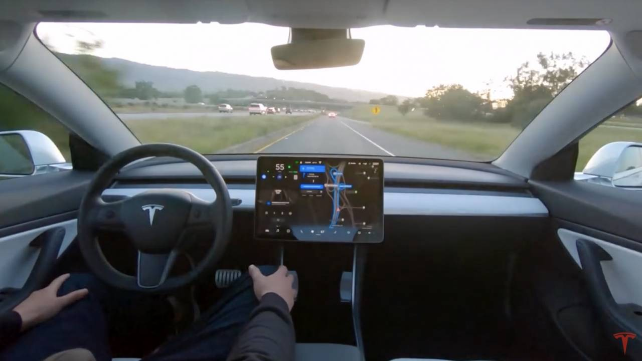 Tesla Full Self-Driving subscription coming really soon