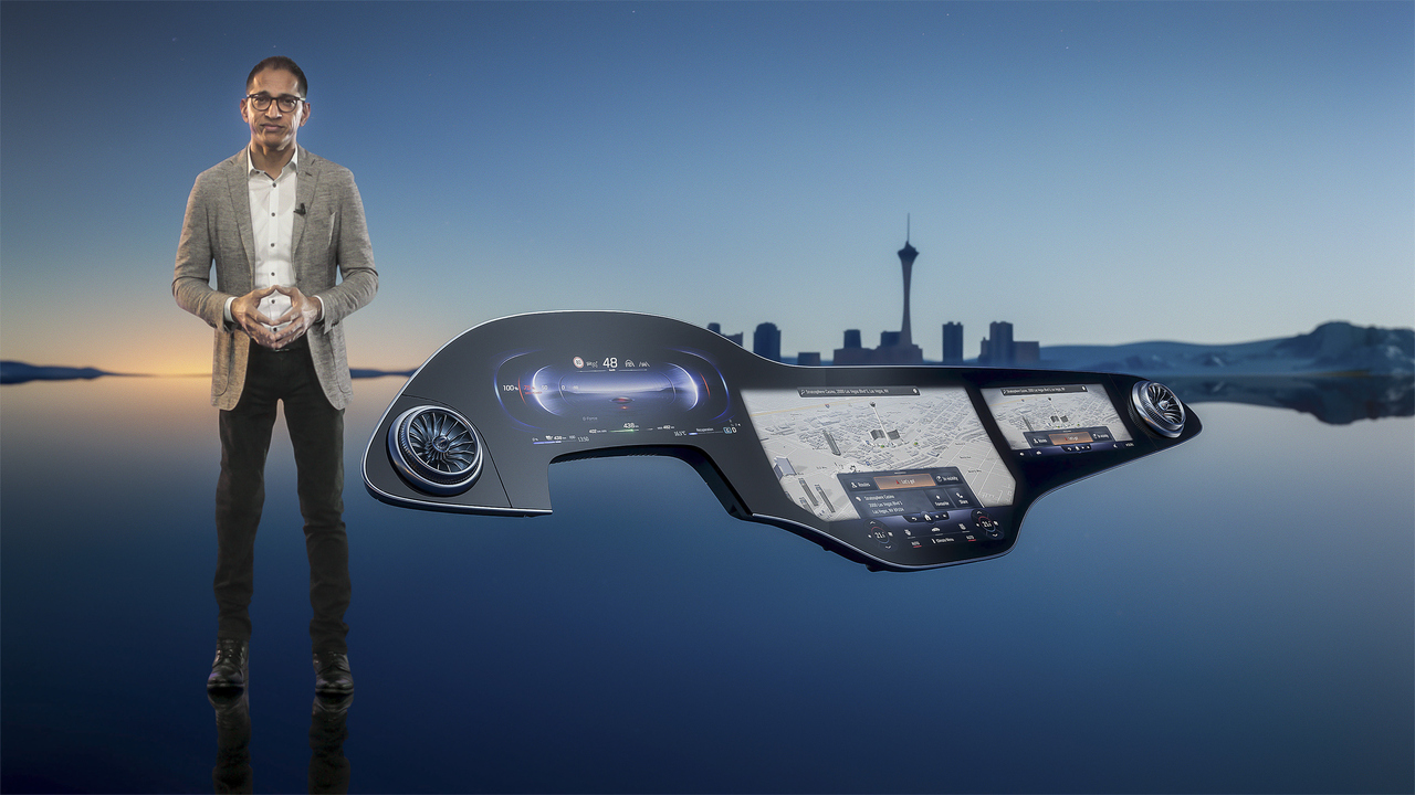 Mercedes-Benz MBUX Hyperscreen wows the virtual crowd at 2021 CES