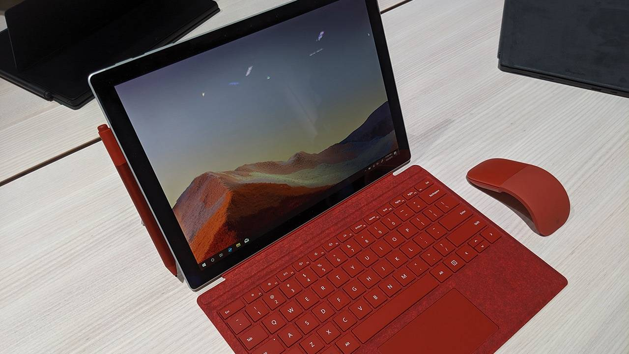 FCC filing suggests Microsoft Surface 8 will feature LTE and Wi-Fi 6