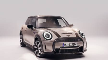 2022 MINI Hardtop and Convertible Gallery