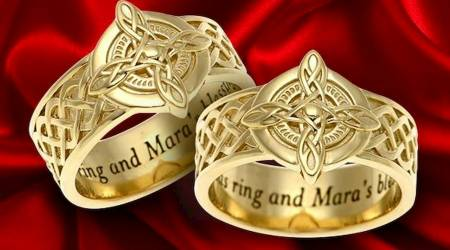 This Elder Scrolls Ritual of Mara ring is a wedding band only a gamer could love