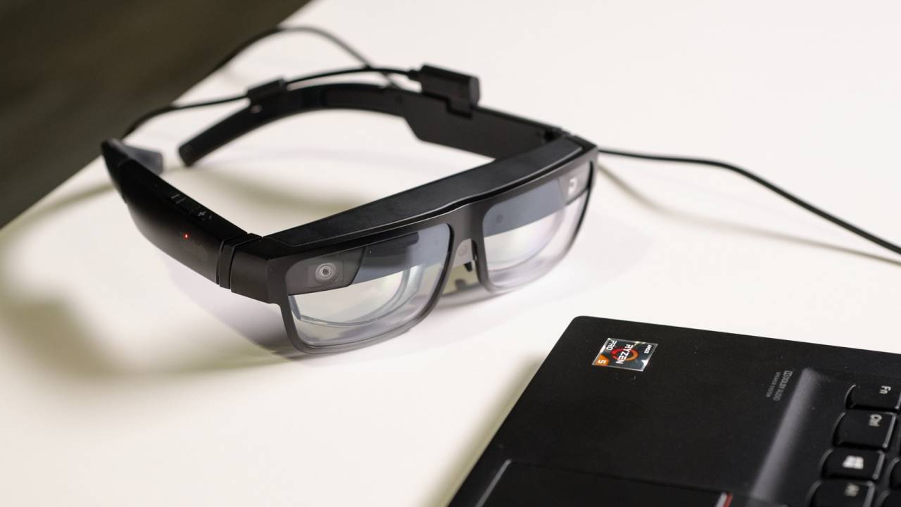 Lenovo ThinkReality A3 smart glasses offer virtual monitors & workplace AR