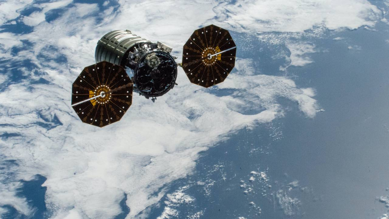 NASA set fire to its ISS spacecraft – all for Artemis astronaut safety
