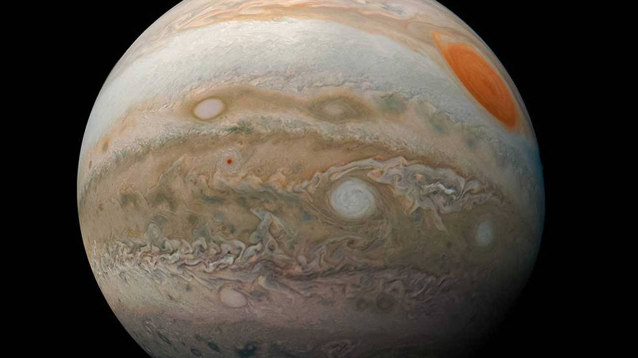 NASA extends science missions for Juno and InSight
