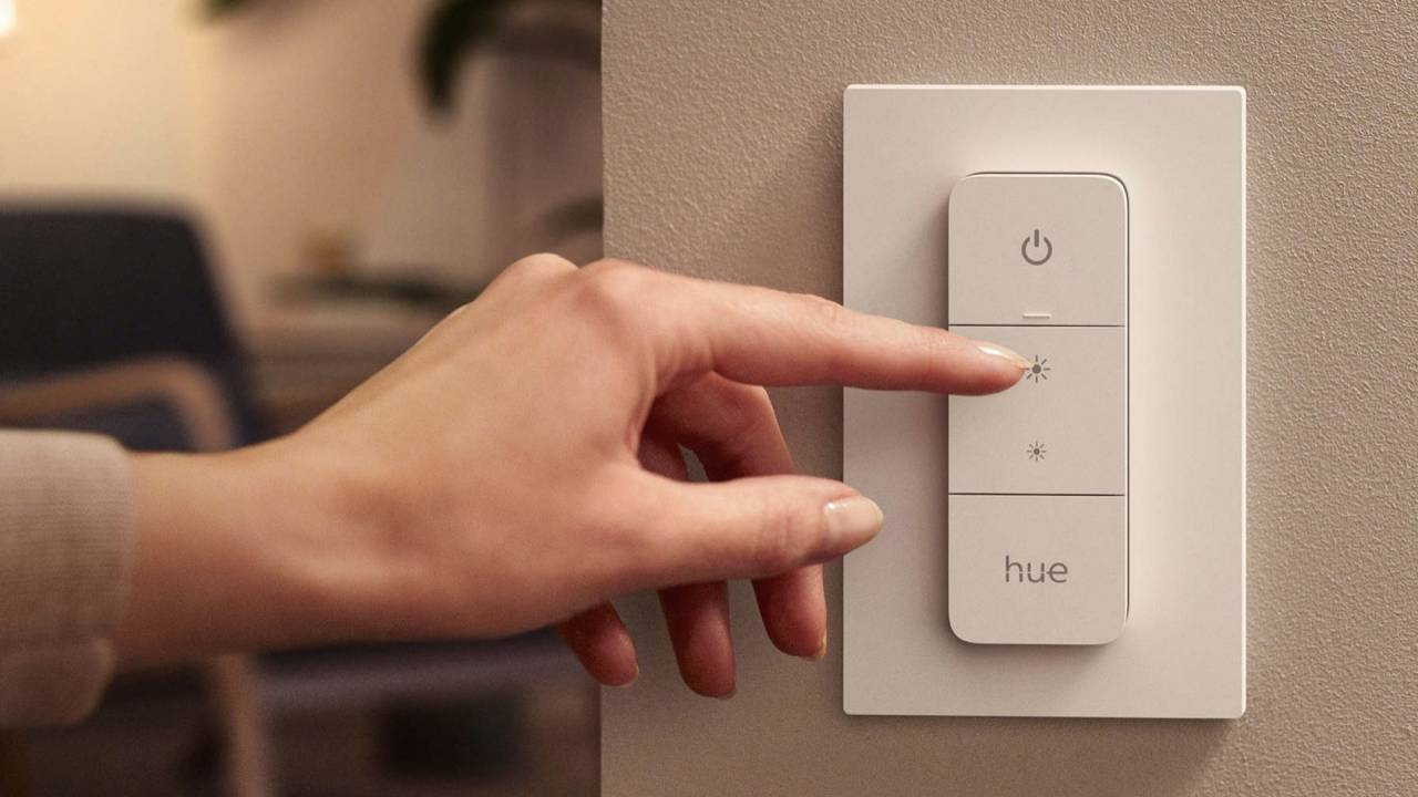 Philips Hue Wall Switch Module finally makes your old switches smarter
