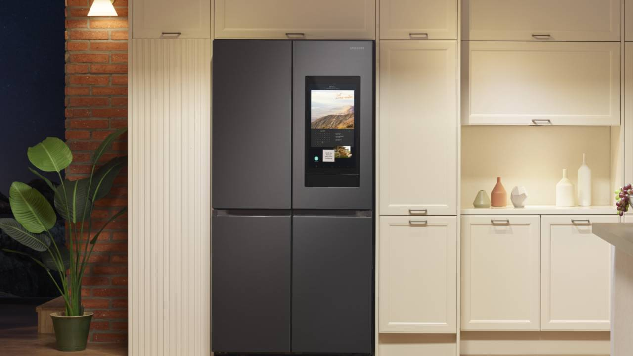 Samsung reveals smarter Family Hub fridge and a robo-vac that thinks it's a guard dog