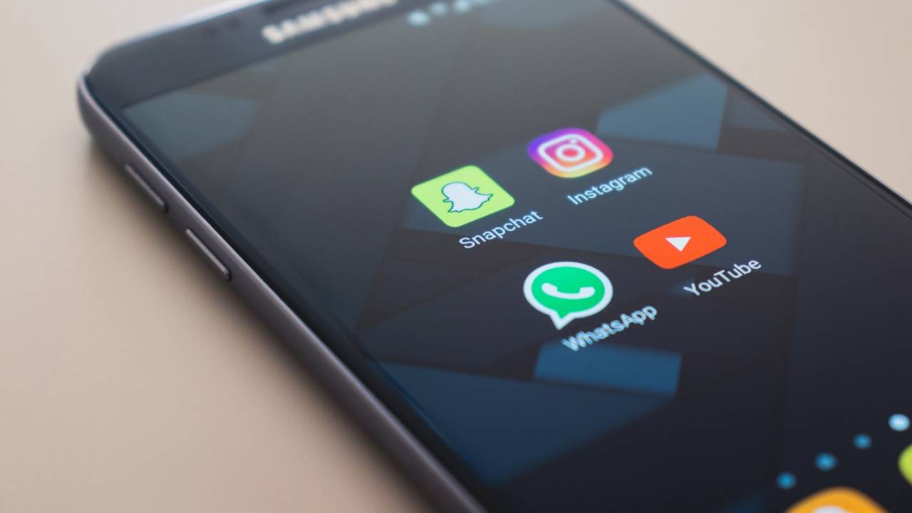 WhatsApp tries to ease users' privacy fears with Status messages