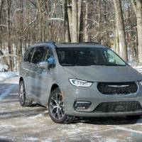 2021 Chrysler Pacifica AWD Review – Minivan, Max Versatility