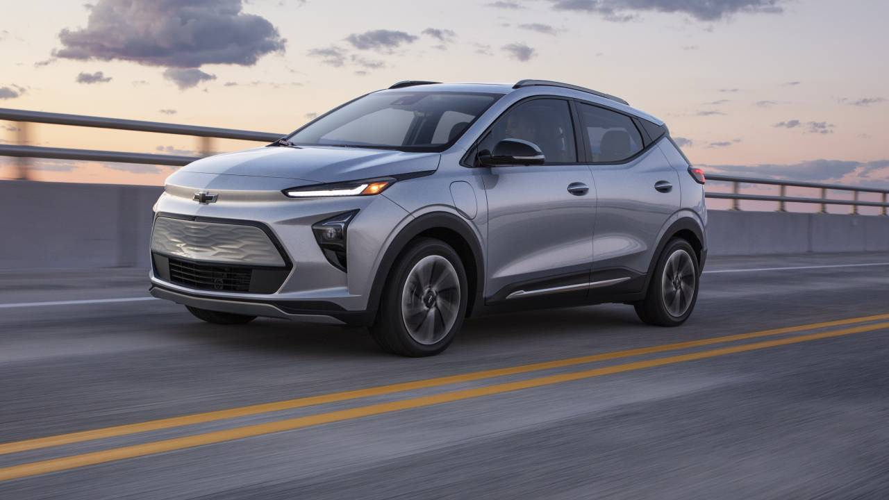 2022 Chevrolet Bolt EUV electric crossover revealed: Price, Range & Super Cruise