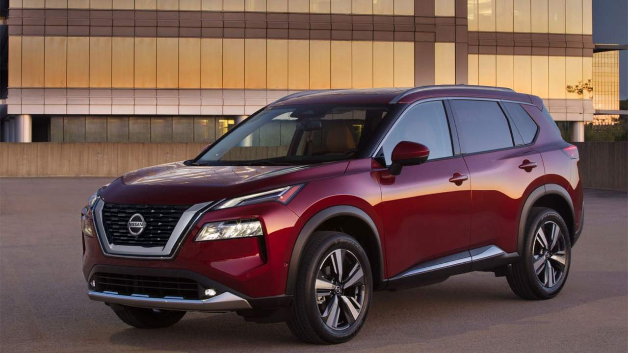 Gorgeous 2021 Nissan Rogue earns terrible front-passenger crash rating