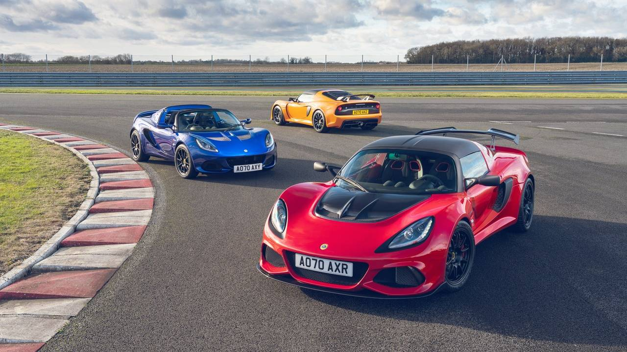 Lotus unveils Final Edition models of Elise and Exige
