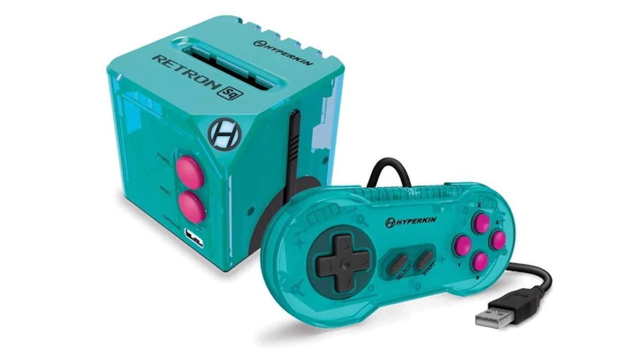 Hyperkin RetroN Sq console lets you play Game Boy cartridges