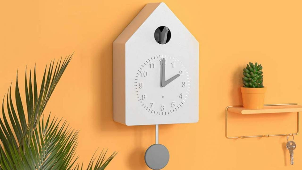 Amazon tests a Smart Cuckoo Clock, but its future is uncertain