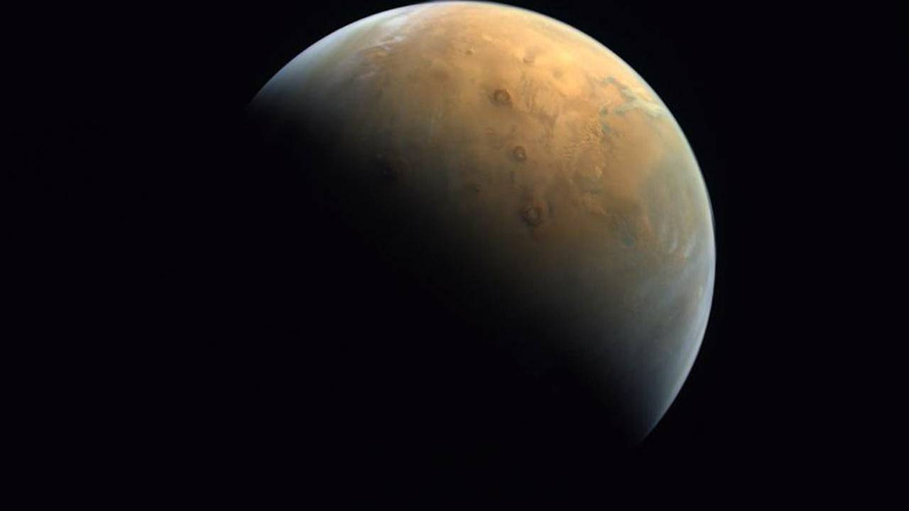 UAE Hope Probe beams its first image of the Red Planet home