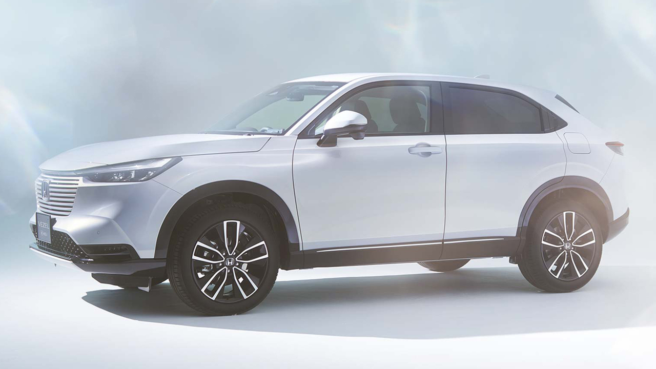 2022 Honda HR-V unveiled in Japan, and it's a hybrid!