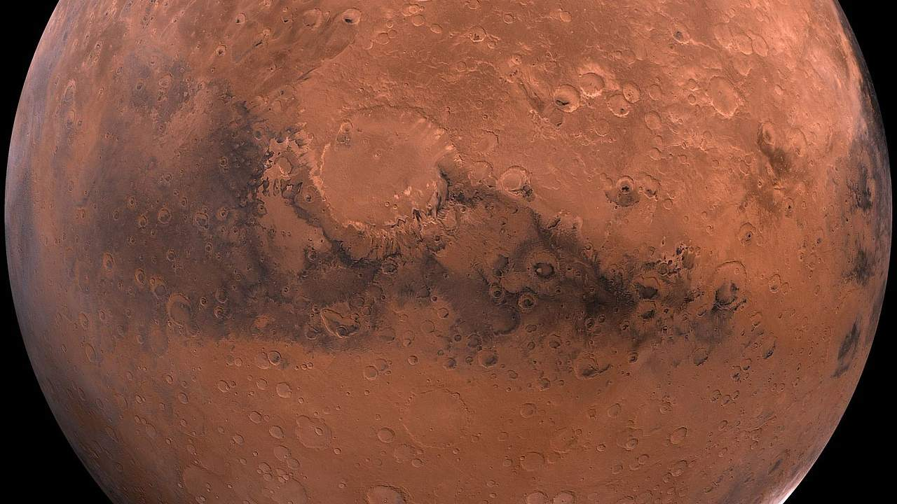 Tianwen-1 completes braking maneuver and enters parking orbit around Mars