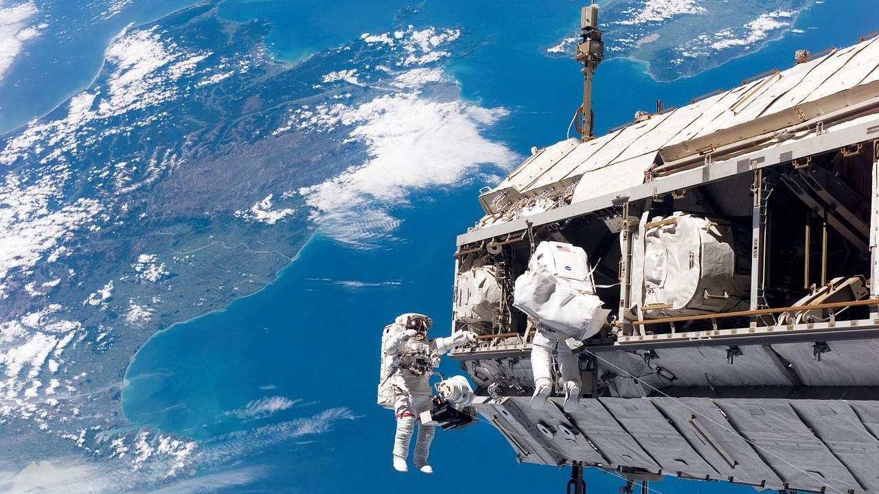 Kate Rubins and Victor Glover take a spacewalk to prepare for solar panel upgrades