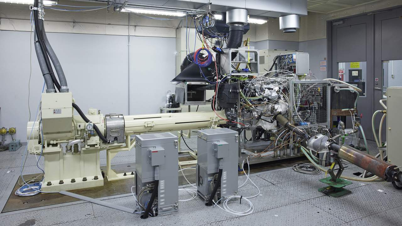 Nissan's STARC gasoline engine-generator claims world-leading 50-percent thermal efficiency