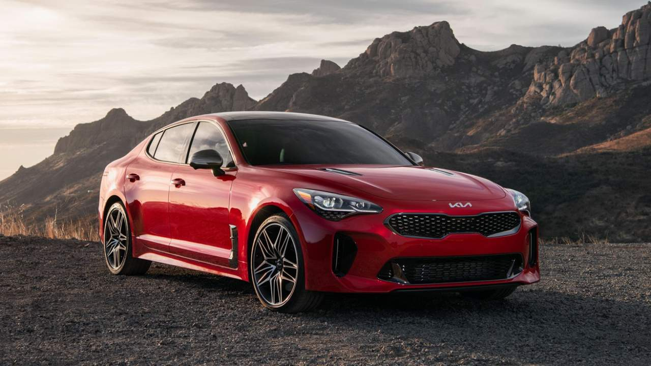 2022 Kia Stinger adds power and fresh style to BMW-baiting sports sedan
