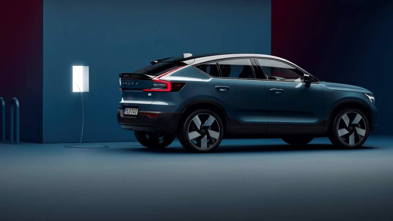 Volvo marshals hype and humility on the electric car precipice