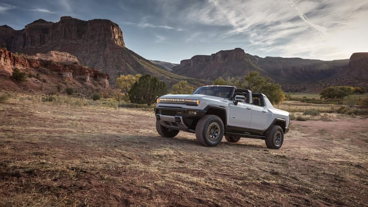 2022 GMC Hummer EV Edition 1 raises $2.5M at Barret-Jackson auction
