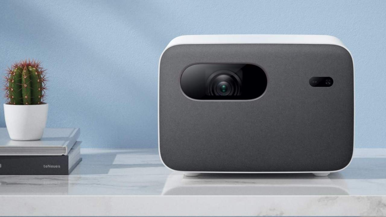 Xiaomi Mi Smart Projector 2 pairs Android TV with super-simple setup