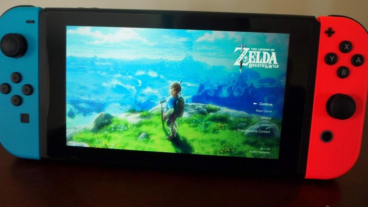 Nintendo Switch Pro could have a larger Samsung OLED screen
