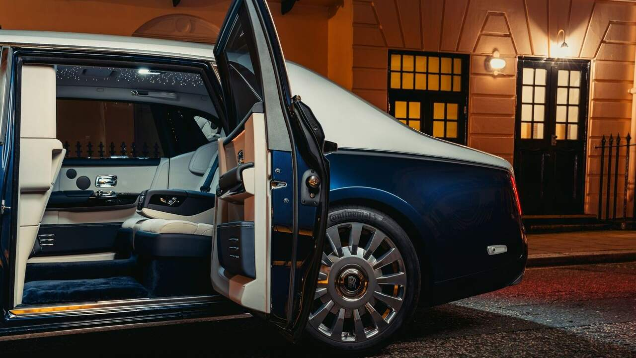 Rolls-Royce Phantom Privacy Suite returns with its secluded rear cabin