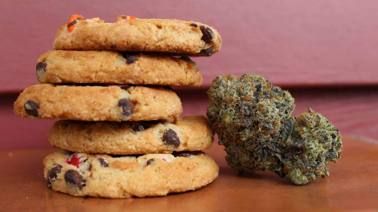 Food Network reveals Chopped 420, a cannabis cooking competition