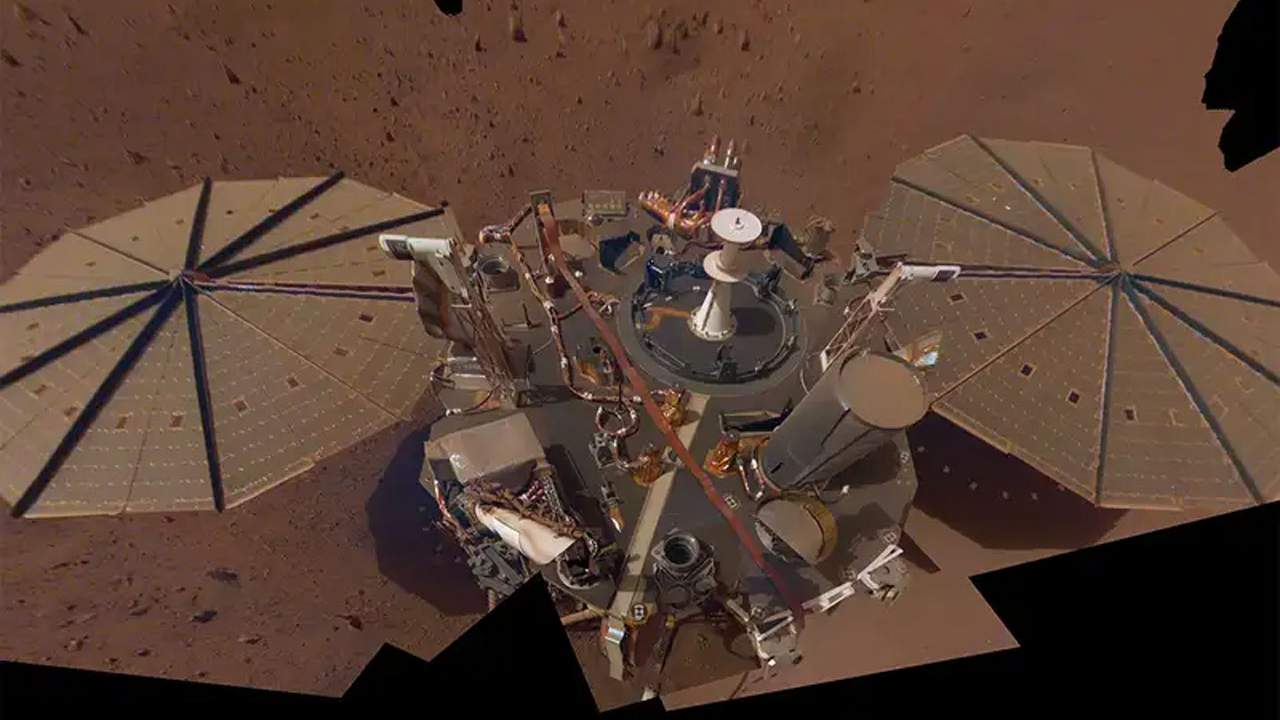 NASA measures the size of Mars' molten core using InSight