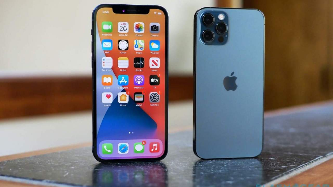 Apple releases iOS 14.4.2 and watchOS 7.3.3 – You should install them ASAP