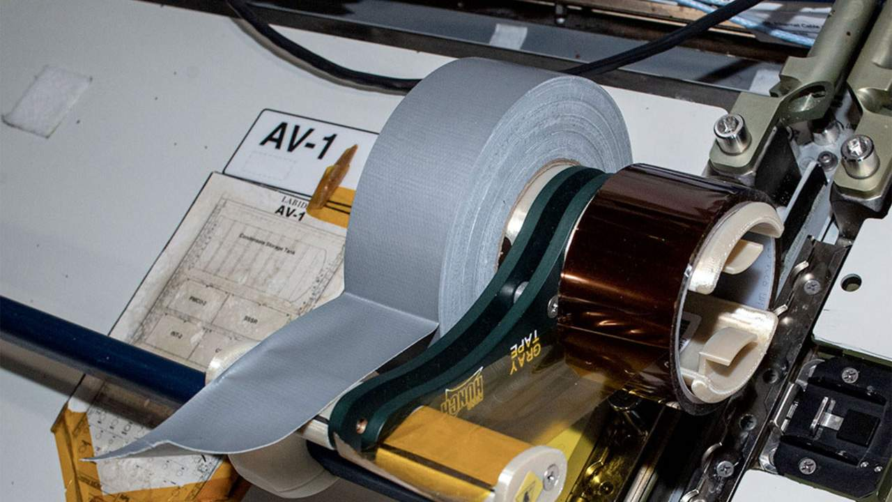 High school students developed a new tape dispenser for the ISS