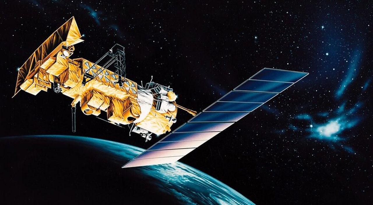 Decommissioned NOAA-17 satellite breaks up in orbit
