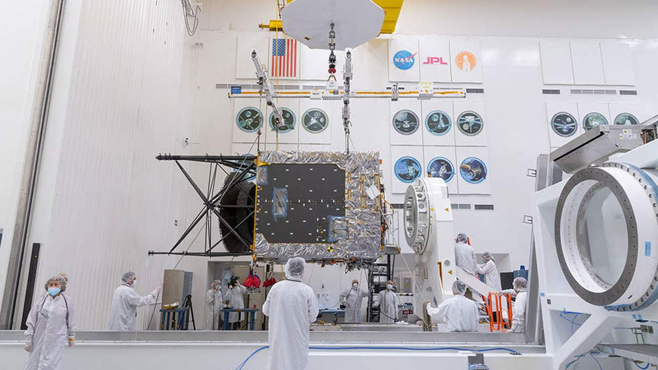 Final assembly of the spacecraft that will explore asteroid Psyche is underway