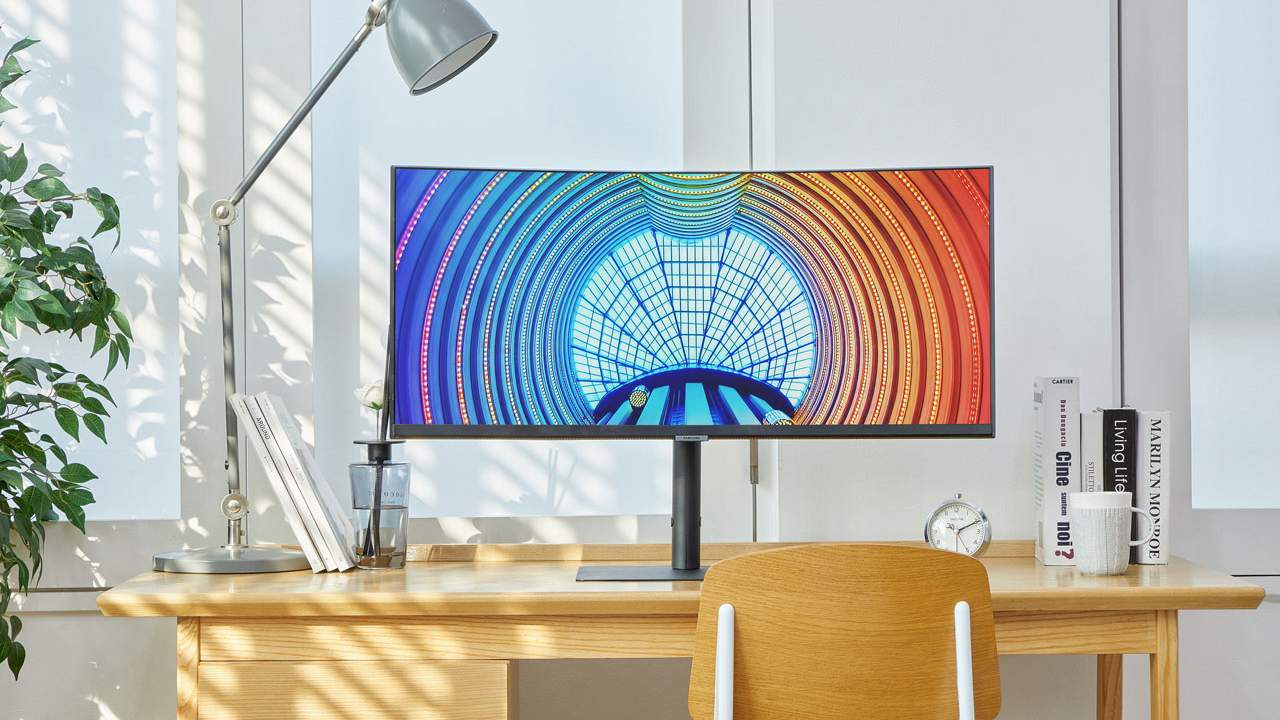 Samsung's new high-resolution 2021 monitor line aims to be easy on the eyes