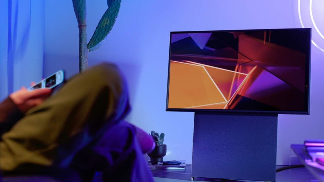Samsung smart TV TikTok app revealed plus AirPlay 2 update for The Sero rotating TV