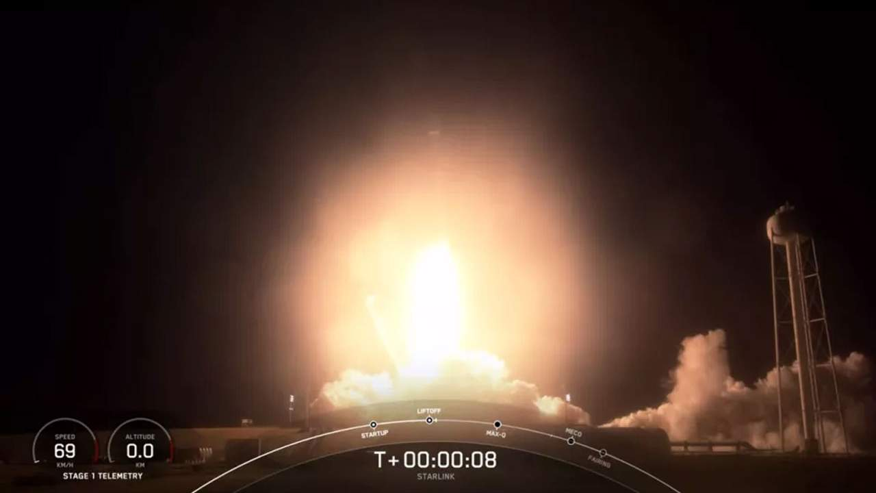 SpaceX puts 60 new Starlink satellites into orbit with a well used Falcon 9
