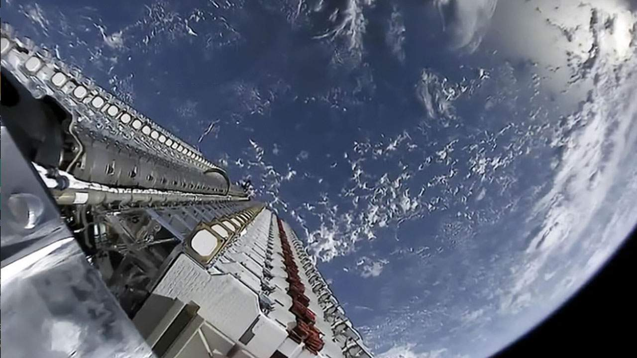SpaceX's domination of low Earth orbit increases collision risk says expert