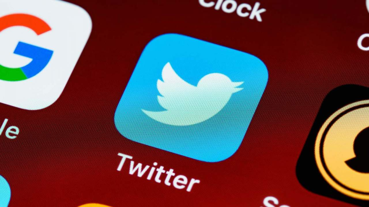 Twitter Undo button test lets users stop typo Tweets in their tracks