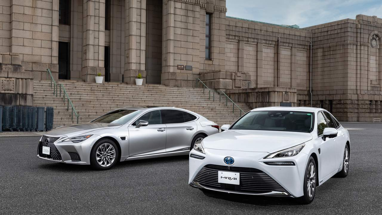 Toyota introduces Advanced Drive autonomous driving assist in 2021 Lexus LS and Mirai FCEV