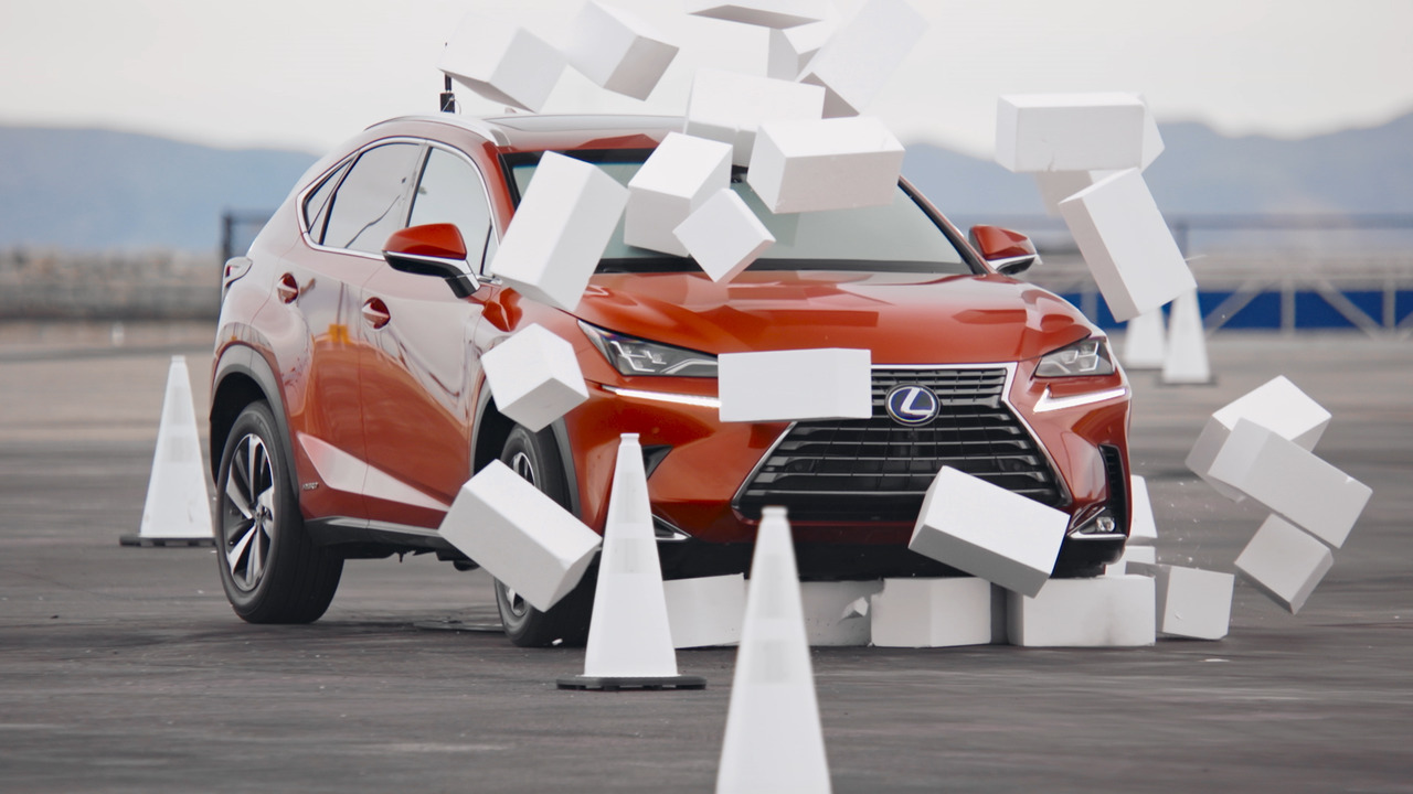 Lexus demonstrates the actual dangers of distracted driving in new video